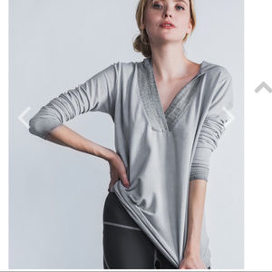 Garbe Luxe Sweaters - Garbe Luxe Resort Hoody V-Neck Sweater Gray small